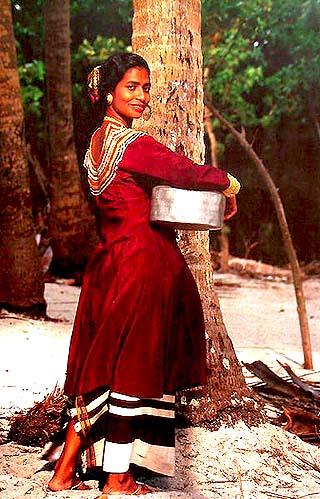 maldives-dhivehi-dress