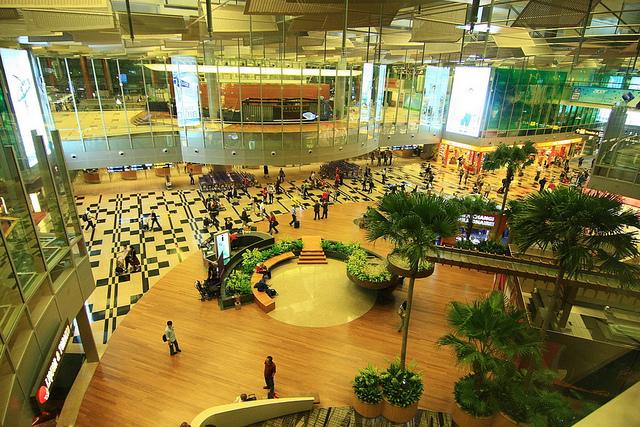 أفضل عشر مطارات في العالم 1ed8E61
