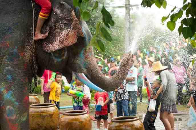 Songkran-water-festival (1)